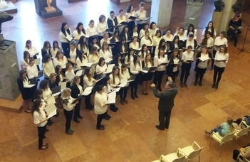 Adventi éneklés a Nemzeti Galériában